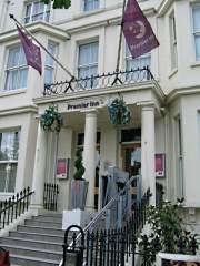 Premier Inn Kensington (Olympia) Earl's Court London